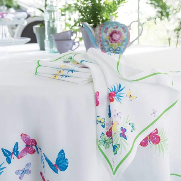2 Serviettes de table - Jolis papillons