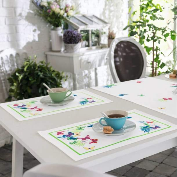 2 Sets de table - Jolis papillons
